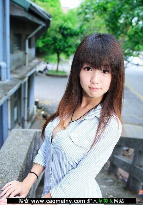日本不要脸少女居然强吻我图片