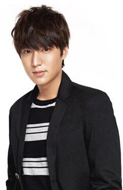 韩国十大帅哥男明星第二名:李敏镐