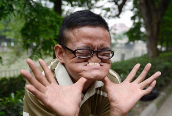 Funniest Pictures Ever In The World 2012 丑男人图片...